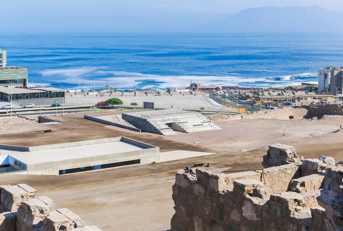 沙漠遗址中的露天剧场,玻利维亚