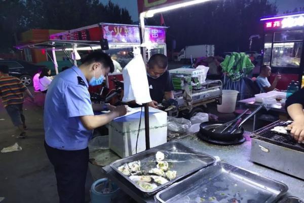 """黑龙江大庆市公安局让胡路分局""""压案件、保平安"""" 社会面大巡逻成效显著"""