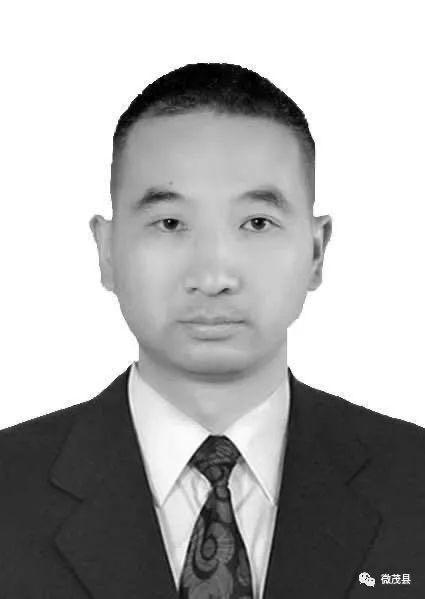 四川茂县一副镇长在抢险救灾中因公牺牲 年仅38岁图片