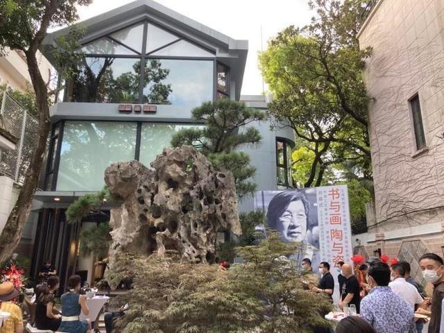 从乡文化站长到东方艺术大师,李遊宇展示书画陶瓷绝技
