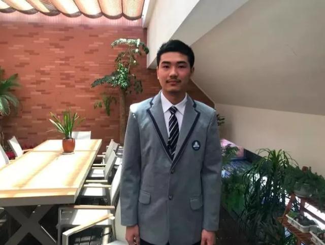 杭二中男生获国际化学奥赛金牌!高二就被保送北大,他从小就有的这个习惯,很多人都难保持