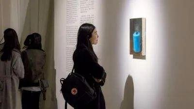 泡泡玛特战略投资私人艺术品展览馆;模型玩具网被哔哩哔哩全资收购 | 投资速递