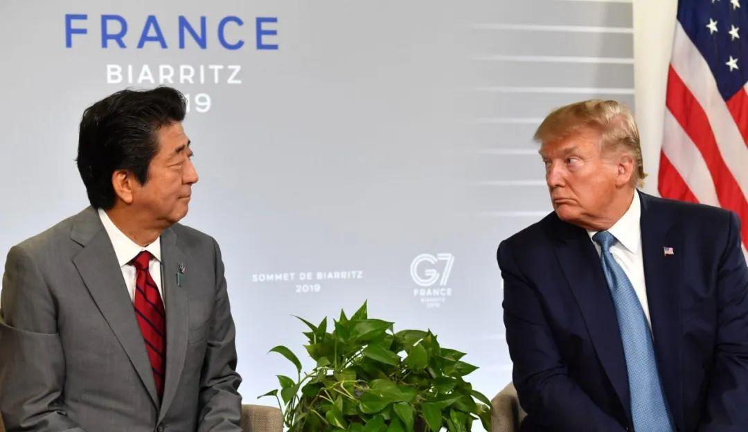 安倍晋三(左)和特朗普(资料图)