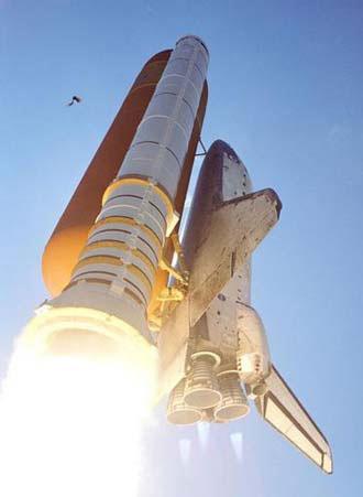 宇航局工作人员本希望这个小东西在航天飞机发射升空之前自己飞走
