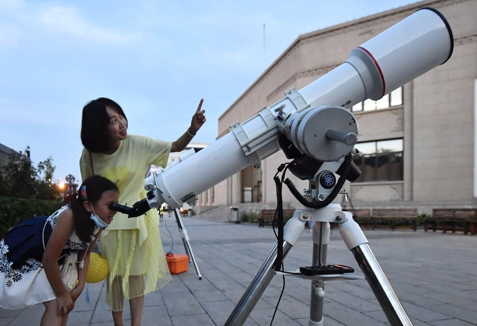 七夕遇上科学之夜,北京天文馆讲解观测织女星