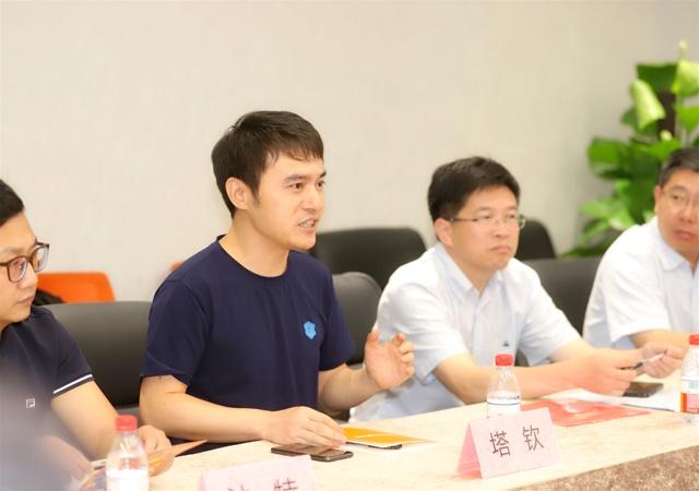 """以江西寻乌县为标准 全国批量复制100个""""客服县"""""""