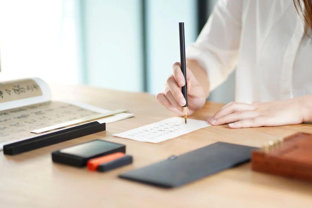 众筹丨一支中国人造的自来水毛笔,让毛笔真正进入2.0时代!
