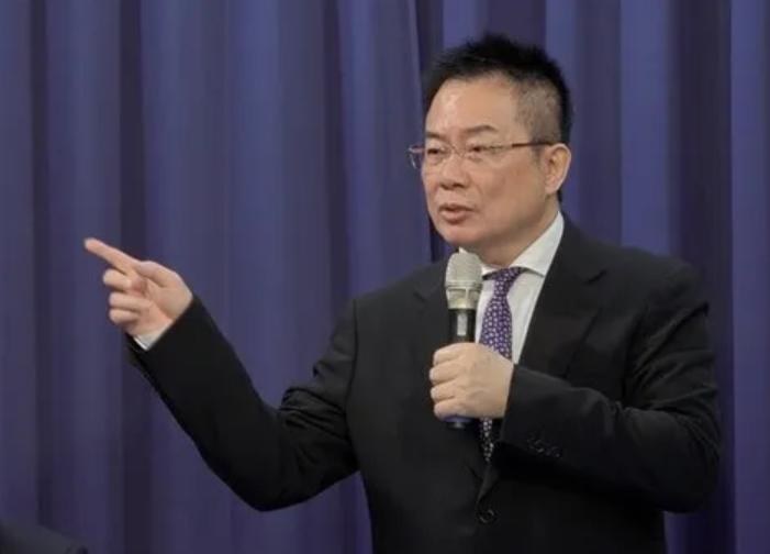 国民党前副秘书长:两岸和平统一的可能性正在消失