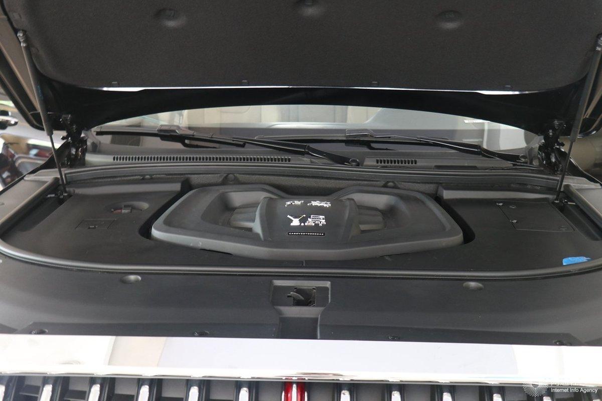 新动力/ 红旗改款HS7将于今日正式上市