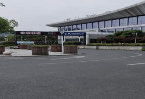 火车东站西广场P6停车库今起全封闭施工!施工期间,这样停车最方便