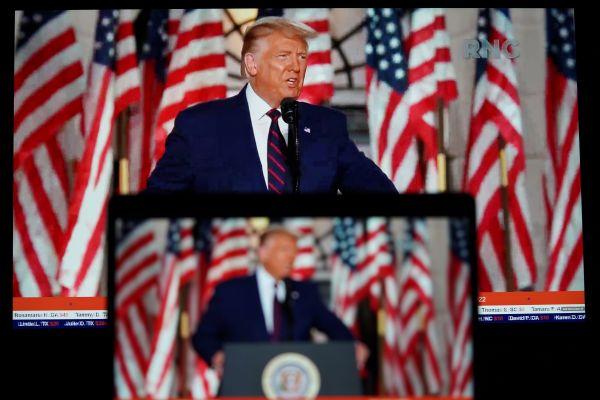 美国总统竞选进入决战阶段:特朗普大肆辱骂拜登