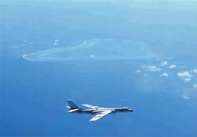 ▲资料图片:轰6K巡航飞越黄岩岛上空。(新华社发)