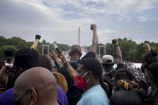 美学者认为:美国大选可能引发街头抗议