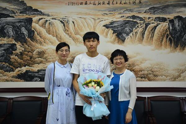 郑州外国语学校学生张焯扬获国际化学奥赛金牌 近10年该校共获8金
