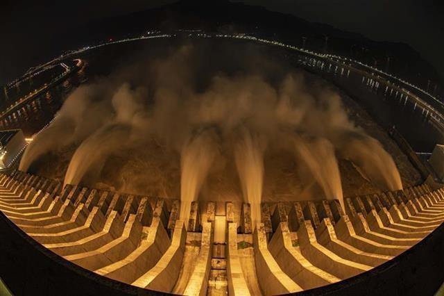 最新预测:4日黄石港站率先退出警戒水位,8日汉口站退出警戒水位
