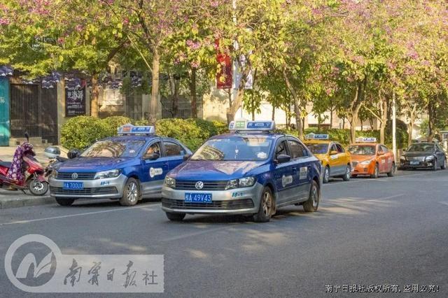 市交通运输局加强出租汽车、互联网租赁自行车精细化管理
