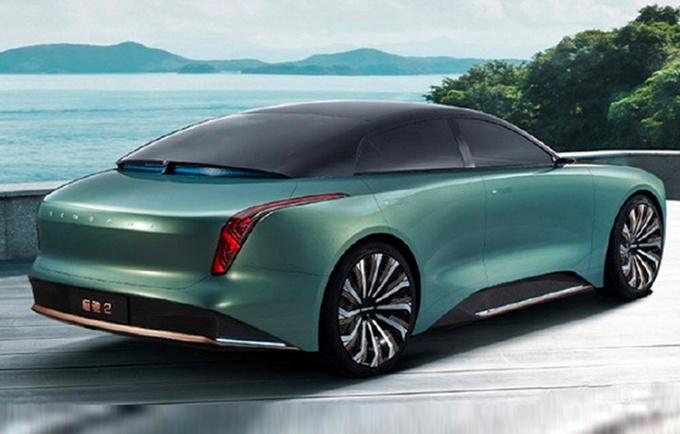 恒大中型轿车恒驰2 大灯酷似凯迪拉克CT4 特斯拉Model 3迎新对手