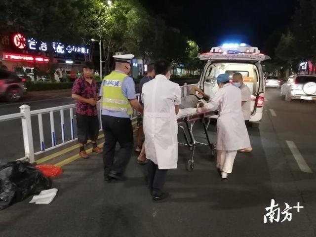 """梅州城区发生一起交通事故,""""警医联动""""迅速开辟生命通道"""