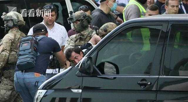 乌克兰男子威胁在银行引爆炸弹 并要求上电视(图)