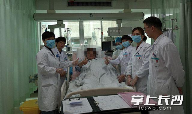 """@孕产妇 产后小心""""躺""""出静脉血栓"""