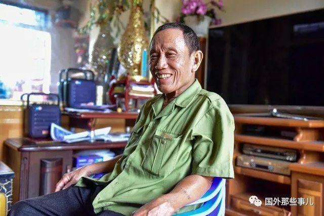 越南71岁大爷娶11位妻子生27个娃:家里钱太多