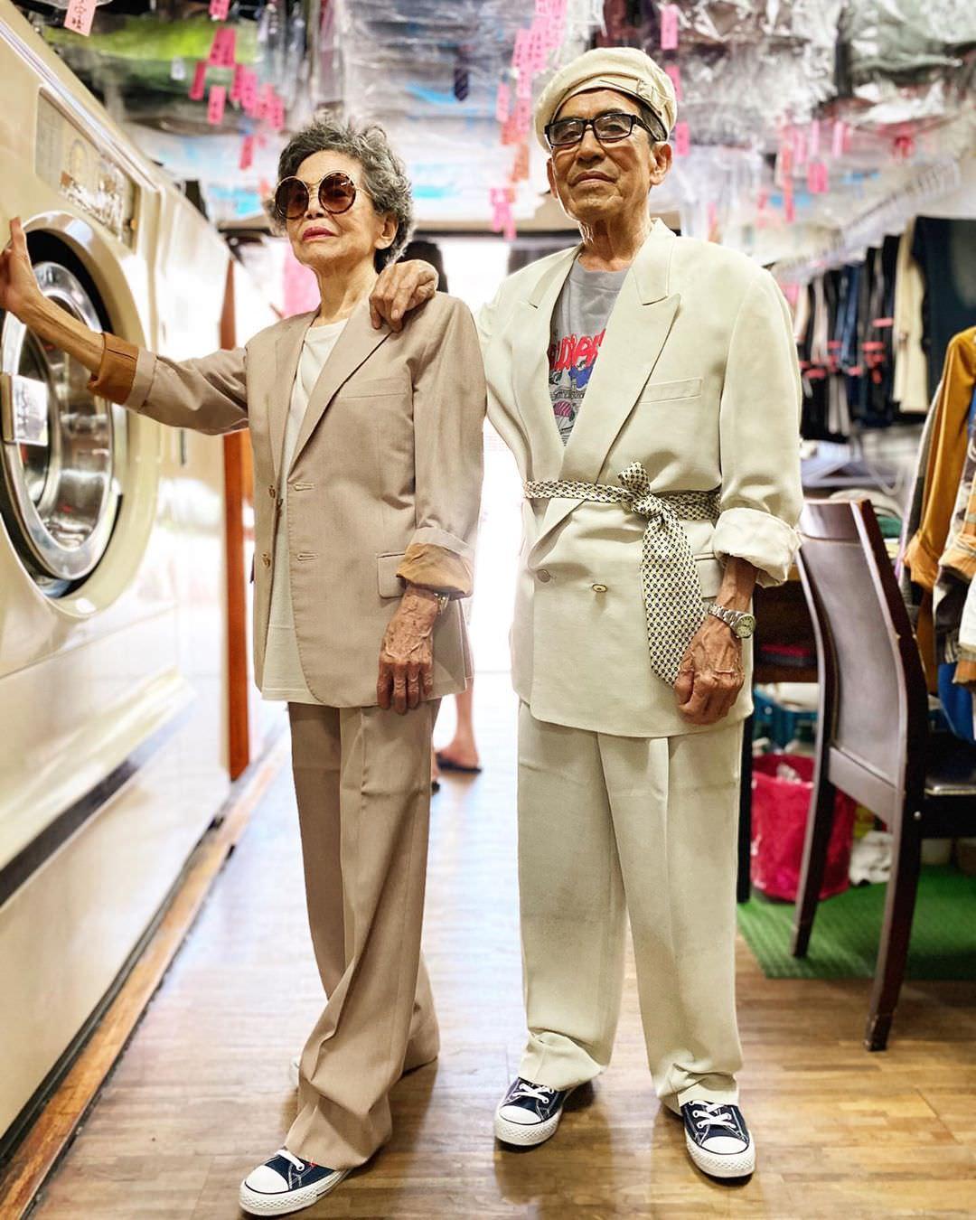 秀洗衣店里的古着夫妇亿兴平台开户,亿兴平台开户图片