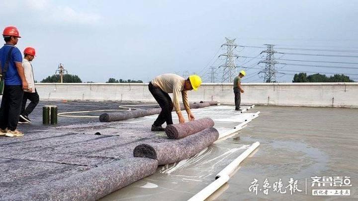 青兰高速莱泰段进入路面铺装阶段,用上了高科技激光技术
