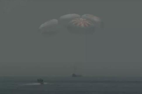 "SpaceX""龙""飞船成功返回地球"