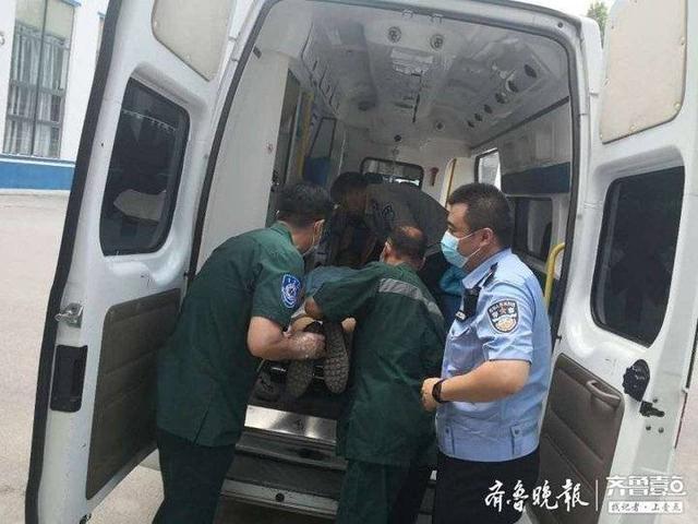 发生交通事故过度紧张而发病,临淄交警及时送医