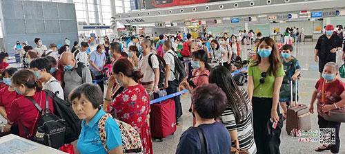 """航班客座率恢复至去年同期九成 南昌飞多地机票现""""白菜价"""""""