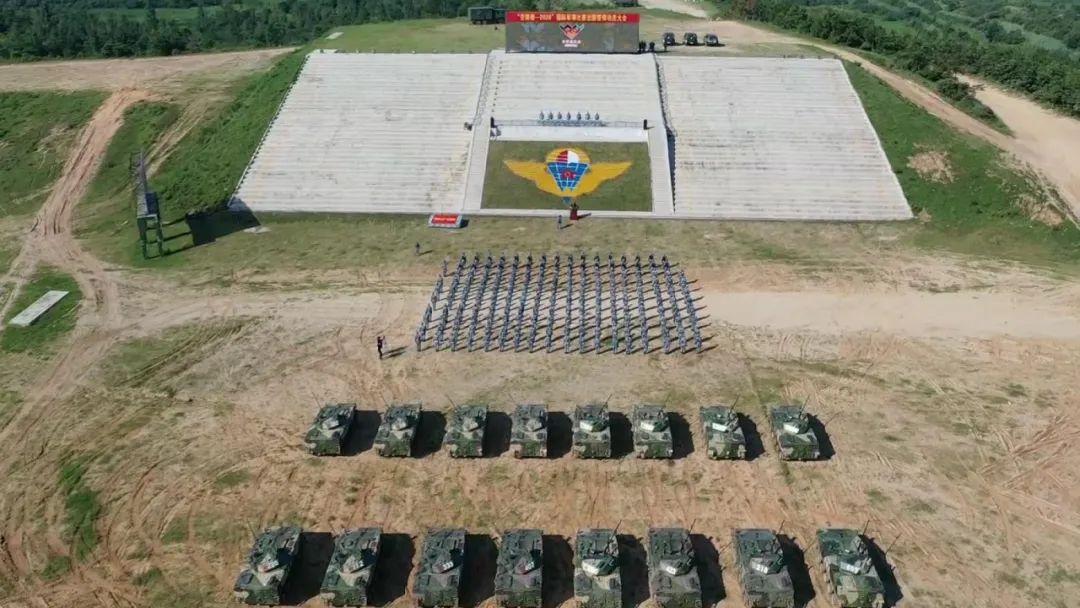 平均年龄不到22岁,中国空降兵赴俄罗斯参加国际军事比赛
