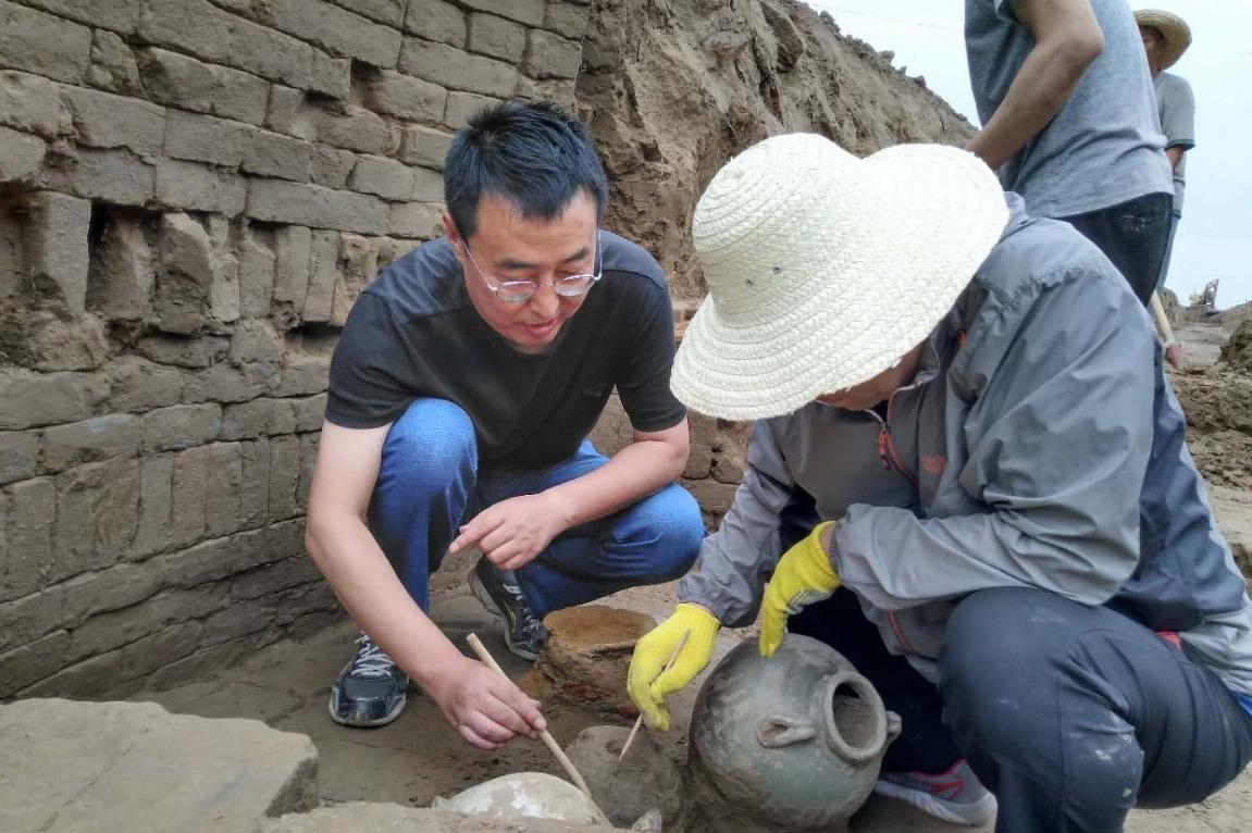 保定博野县发现唐末古墓群,已出土各类文物60余件