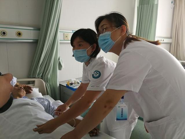 了解医者 感受医疗④|肝胆外科体验者:对待病人就像家人
