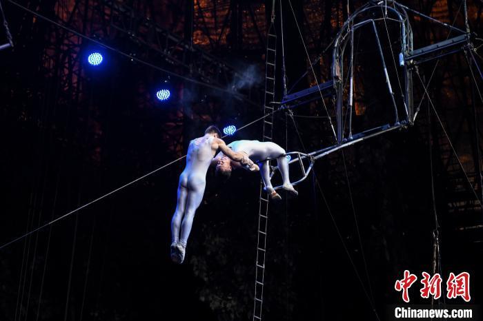 国际演员打造15年经典马戏节目成广州夜名片