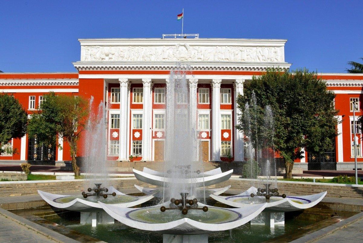 塔吉克斯坦将于10月11日举行总统大选 各政党可提出参选候选人