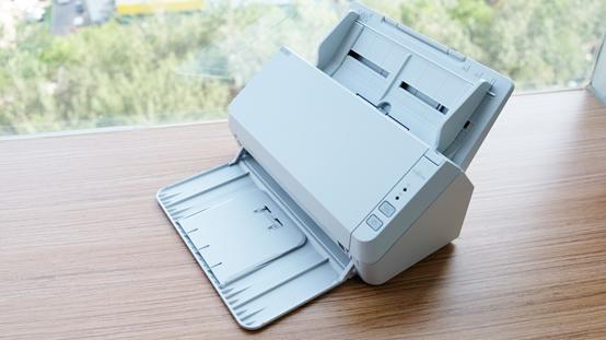 富士通SP-1125N扫描仪体验评测:注重提升用户使用体验 小巧、易用、高效、智能都是它的标签