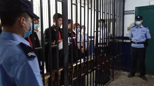 兴平法院公开宣判李某等23名被告人黑社会性质组织案