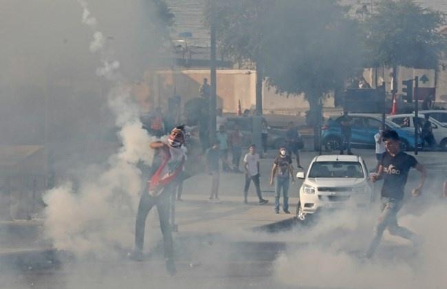 黎巴嫩大爆炸加重当地危机,黎安全部队与抗议者发生冲突