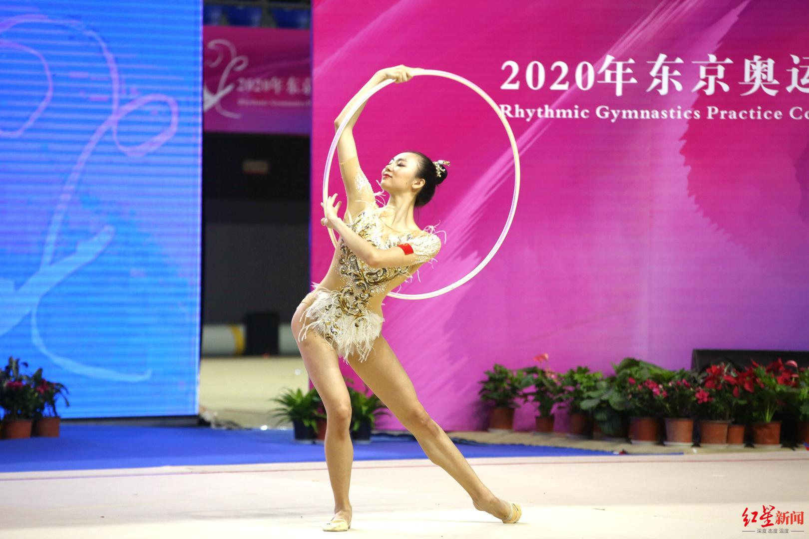 艺术体操奥运模拟赛举行,国家队的两名成都体院姑娘也期待参加大运会