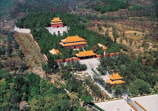 中国古代建筑风水:探秘明十三陵的风水与规划布局