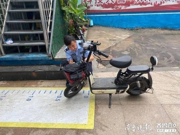 用心服务群众,济南民警将电动车登记上牌服务送上门