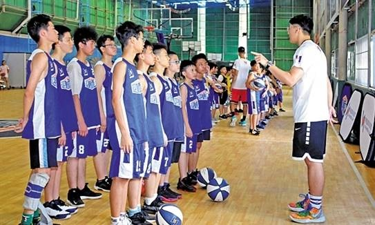 中国男篮原主教练李楠在花都办的训练基地升级了