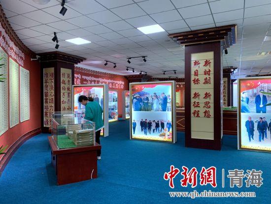 玛多县扶贫档案室率先在青海省建成使用