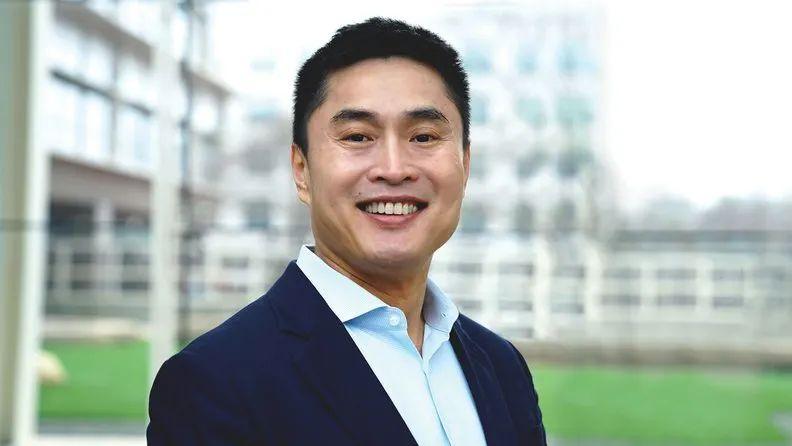 「赢咖3注册开户」裔高管一句根在中国图片