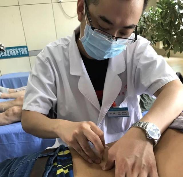 淄博市中西医结合医院李晓:潜心钻研毫刃针疗法 致力解除颈肩腰腿痛