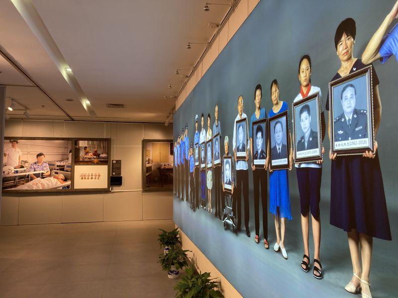 法者 退休厅官阳红光的特殊摄影展:用镜头铭记公安英模