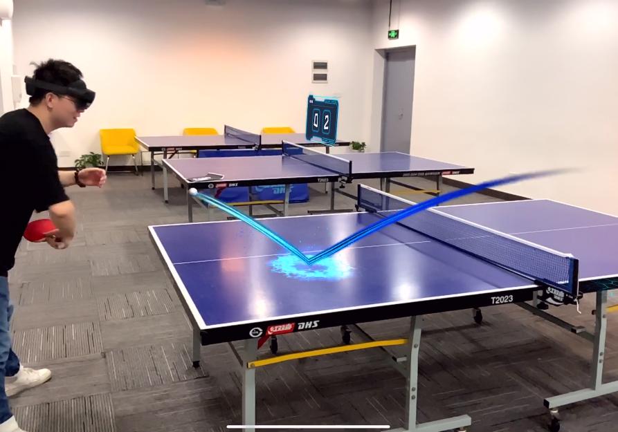 """机器人 + HoloLens 2可如何实现""""乒乓球AR特训"""",挑战专业运动员"""