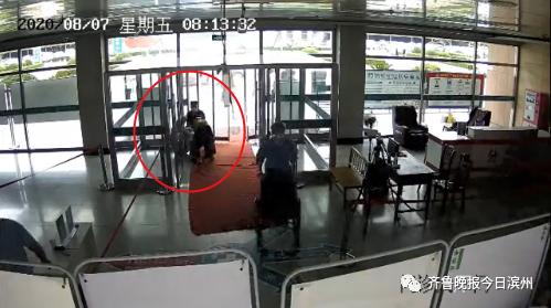 揪心!滨州一孕妇急产,监控视频还原惊险一幕!