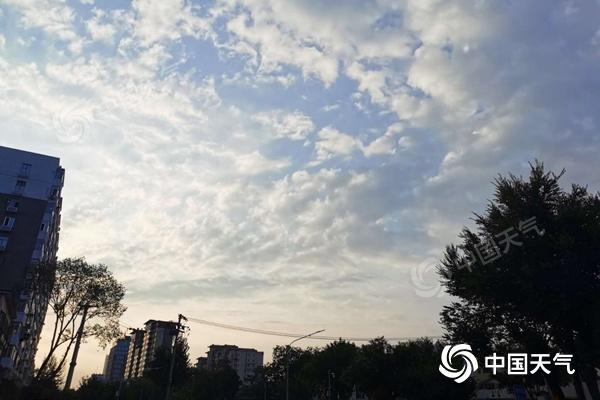 未来三天北京雷阵雨频繁 今日最高气温33℃体感闷热