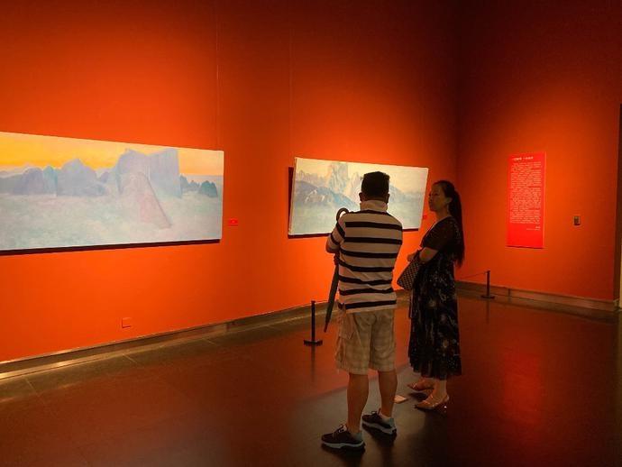 """华山""""面壁""""十年 他画出了油画语言的中国风格"""
